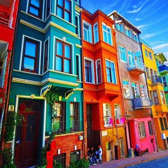 edificios-coloridos-3882__700