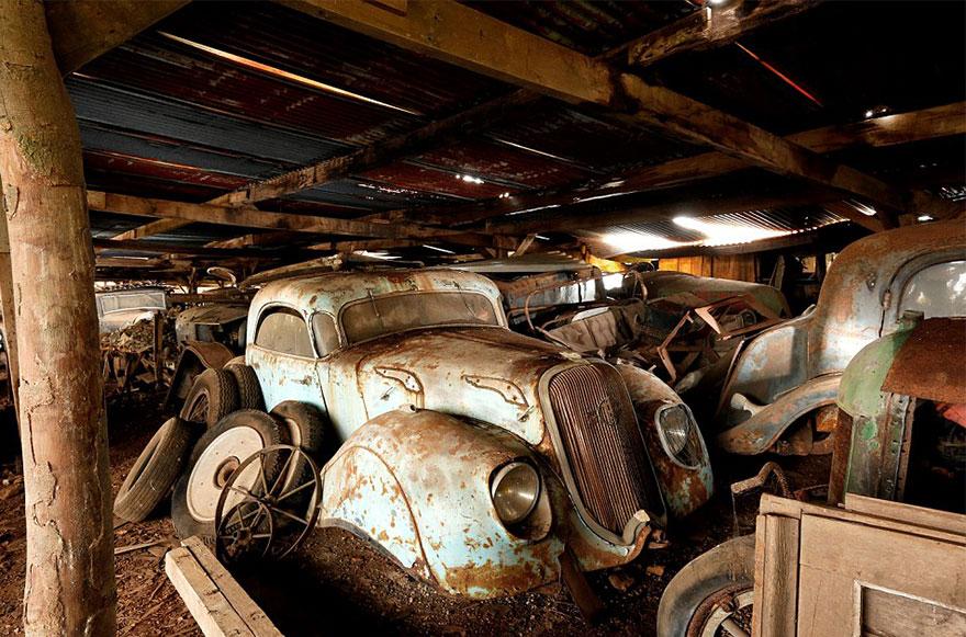 coleccion-coches-clasicos-abandonados-baillon (11)