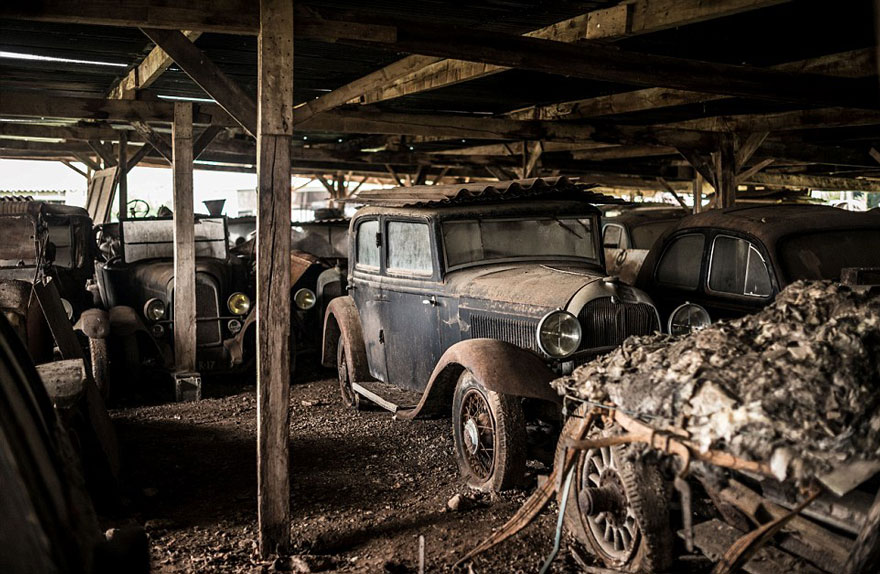 coleccion-coches-clasicos-abandonados-baillon (4)