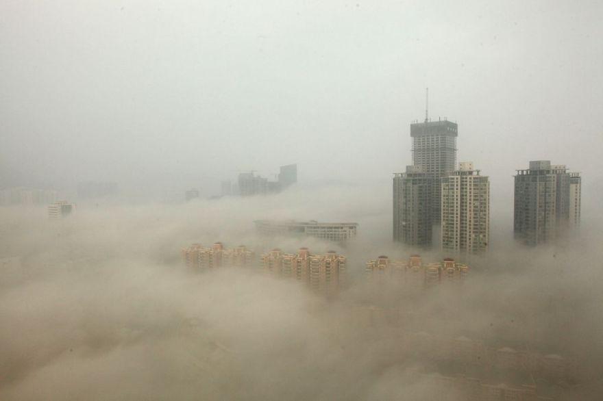 Heavy Smog Hits East China