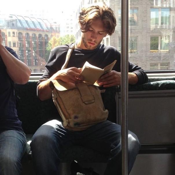 tios-buenos-leyendo-instagram (13)