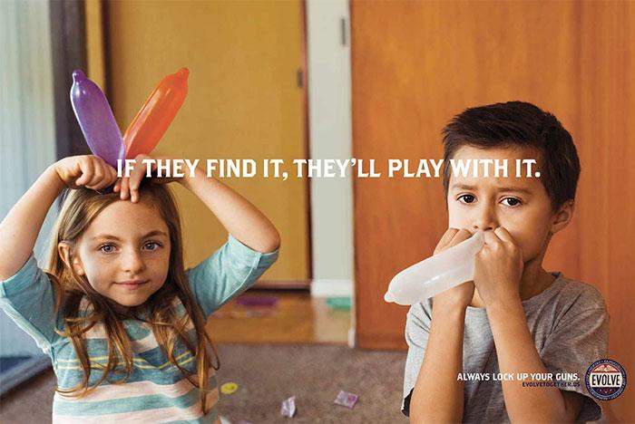 En esta divertida campaña publicitaria salen batallas con consoladores para promover la seguridad de armas