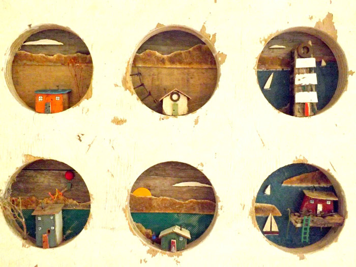 Cuatro Pececitos: Esta empresa recicla la basura de las playas en bonitas obras de arte