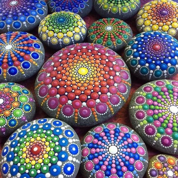 piedras-mandalas-pintados-elspeth-mclean (11)