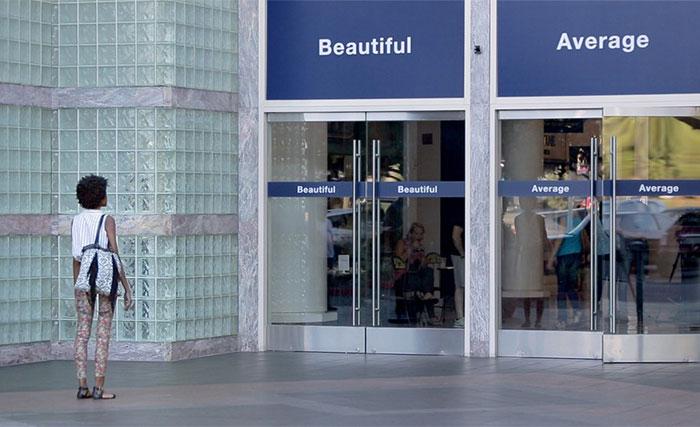 Una campaña publicitaria de Dove demuestra que las mujeres pueden 'elegir ser bonitas'