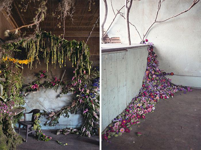 Esta artista compró una casa abandonada en Detroit por 500$ para revivirla con 4000 flores