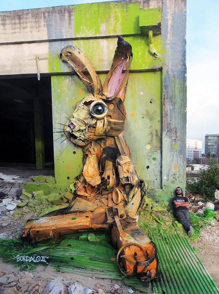 Grandes animales de basura: Este artista convierte la chatarra en animales para concienciar sobre la contaminación