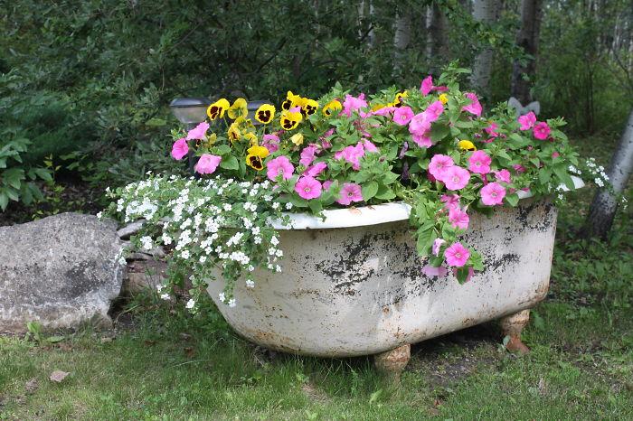 muebles-viejos-reciclados-jardin (13)