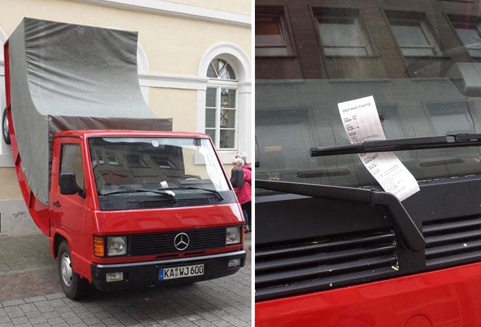 Esta obra del artista Erwin Wurst fue multada por aparcar mal en la ciudad alemana de Karlsruhe