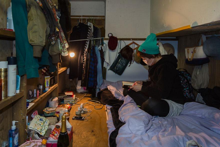 hotel-mochilero-japon-habitaciones-diminutas-won-kim (1)
