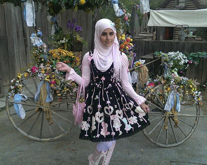 9e5c97994 La moda de las lolitas musulmanas es una nueva tendencia inspirada ...