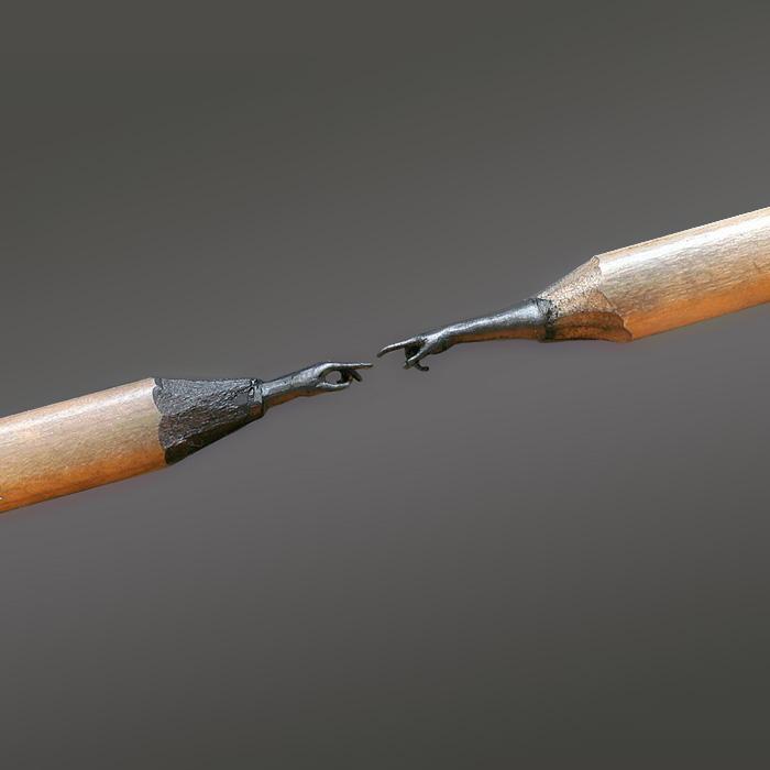 Este artista bosnio talla esculturas asombrosamente detalladas en las puntas de los lápices