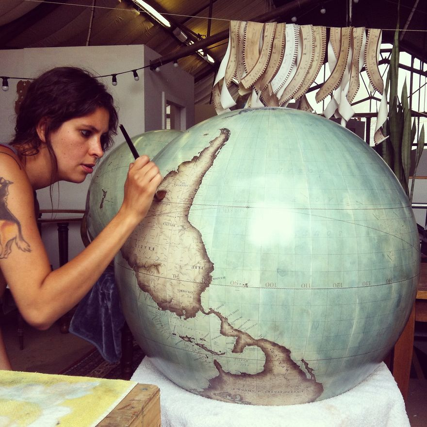 ultimo-fabricante-globos-terraqueos-artesanos-bellerby-globemakers (14)