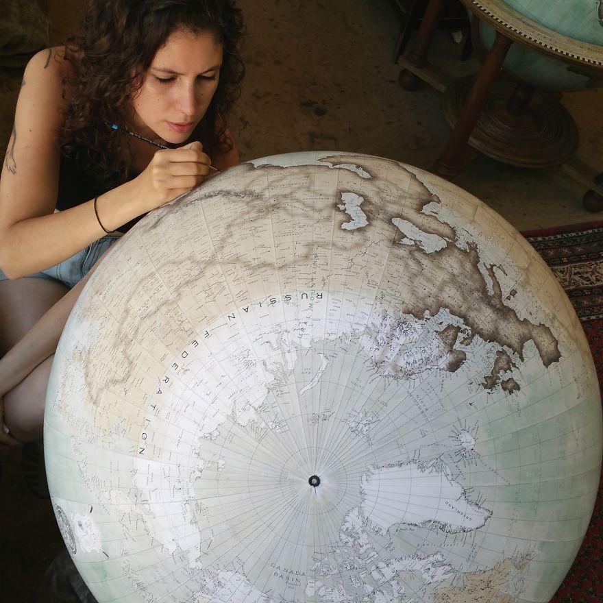 ultimo-fabricante-globos-terraqueos-artesanos-bellerby-globemakers (4)