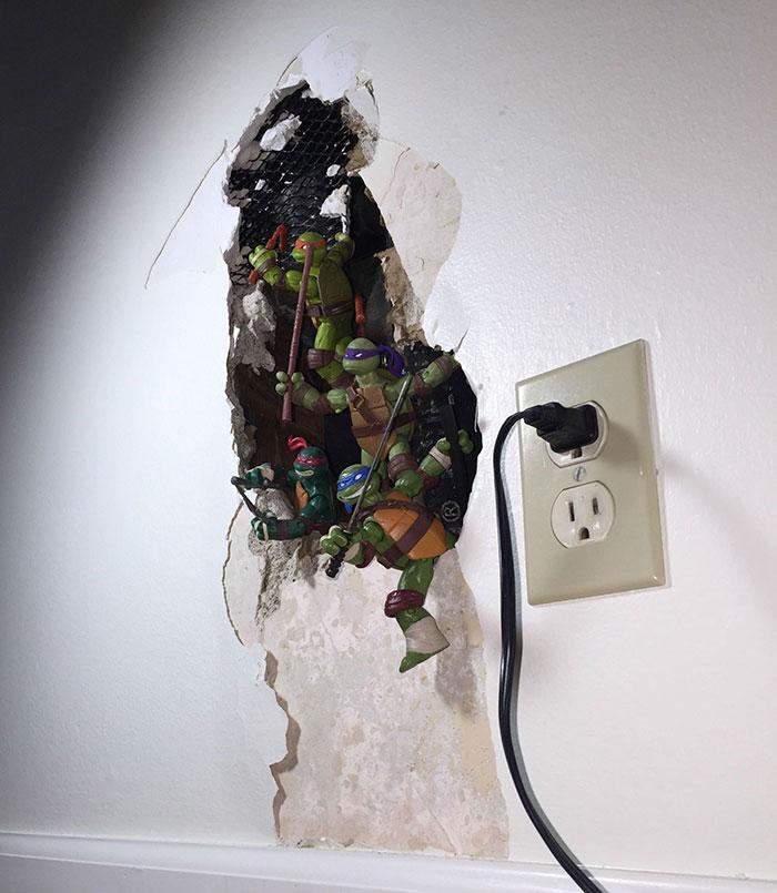 Cómo arreglar un agujero en la pared