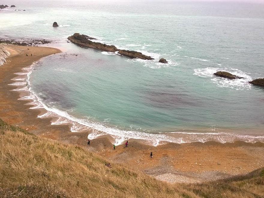 cuspides-playa-formaciones-arena-olas (2)
