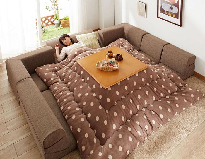 No vuelvas a salir nunca de la cama con este genial invento japonés