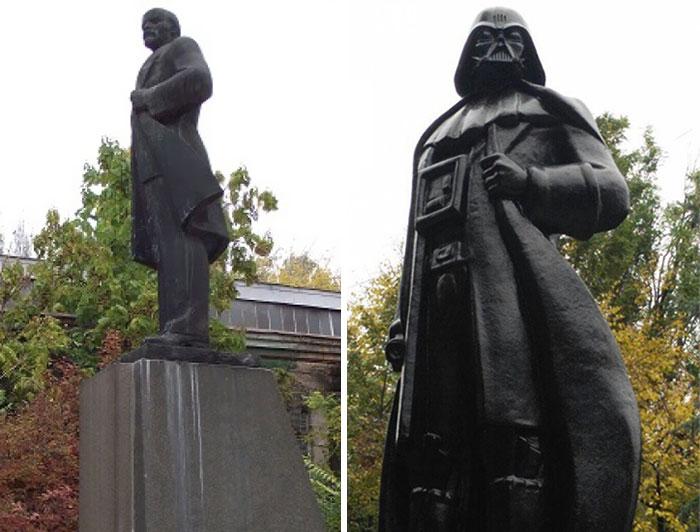 La estatua de Lenin convertida en Darth Vader en Odesa, Ucrania
