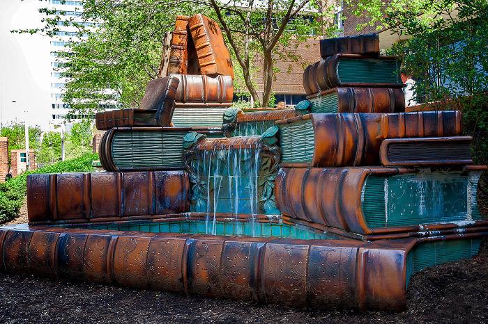 Fuente de la biblioteca pública de Cincinnati