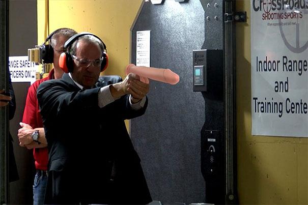 armas-cambiadas-consoladores-politicos-republicanos-americanos-matt-haughey (13)