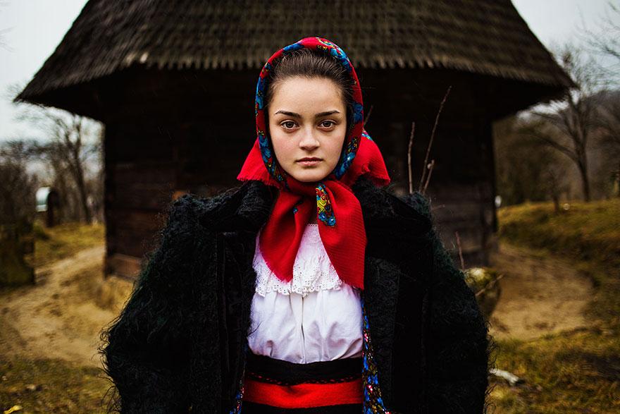 atlas-belleza-retratos-mujeres-mundo-mihaela-noroc-2 (7)