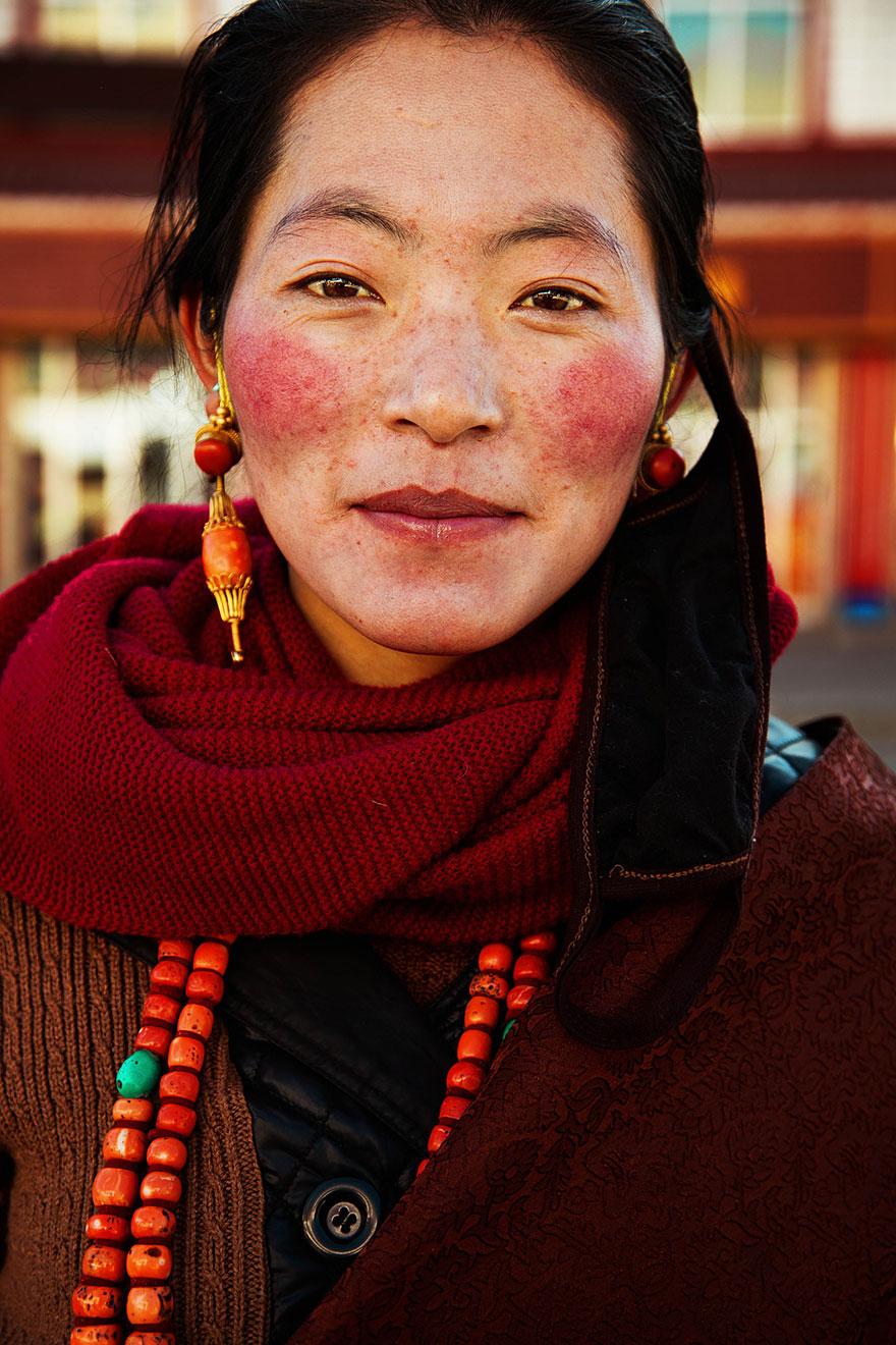 atlas-belleza-retratos-mujeres-mundo-mihaela-noroc-2 (9)