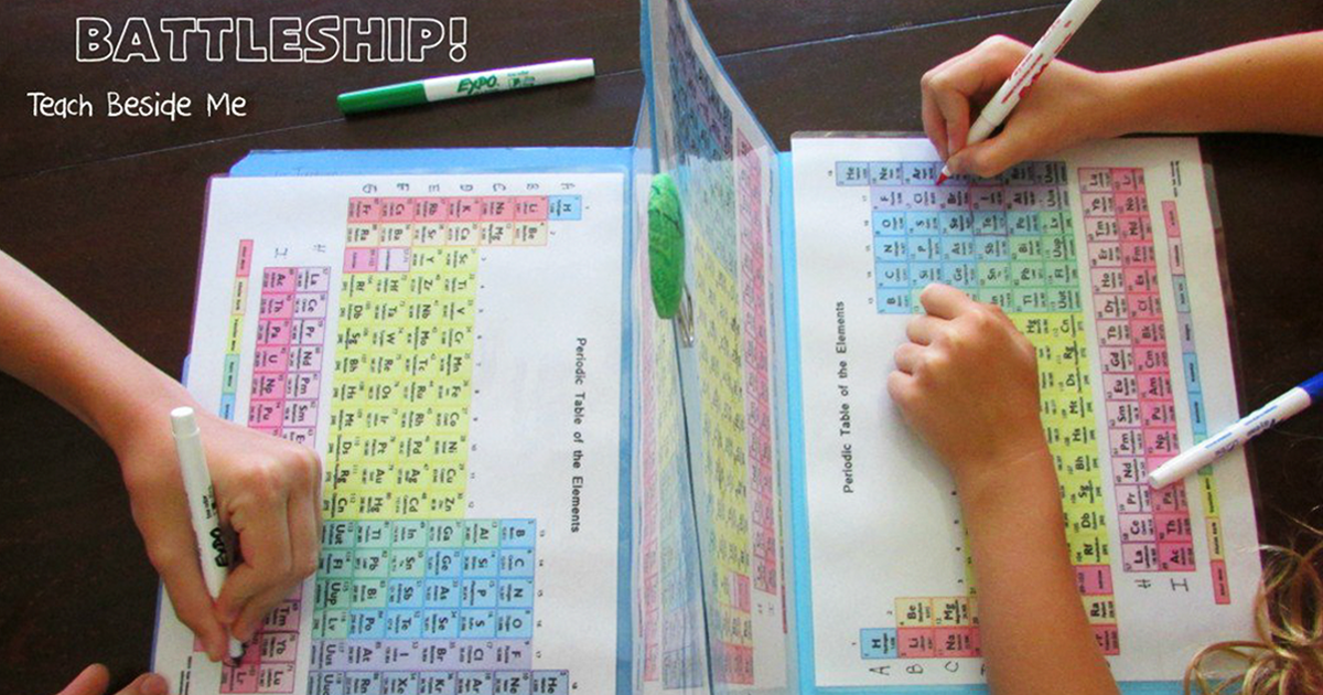 esta madre recrea el juego batalla naval con la tabla peridica para que sus hijos aprendan los elementos bored panda