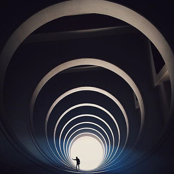 fotos-arquitectura-instagram-monstruos-simetricos (3)