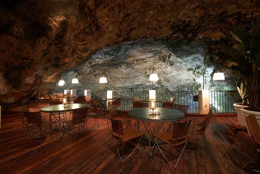 restaurante-cueva-grotta-palazzese-italia (7)