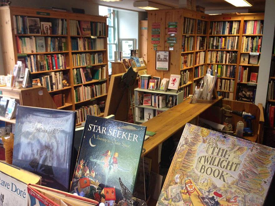libreria-open-book-airbnb-viajes-escocia (2)