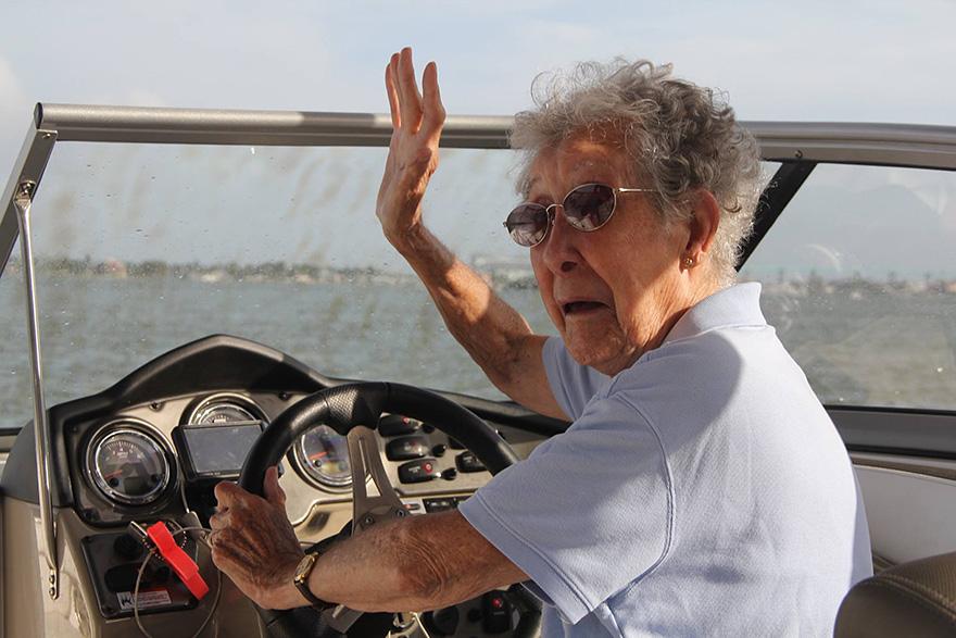 anciana-90-cancer-viaje-carretera-tratamiento (21)