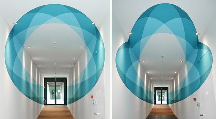 Este mural cambia de forma cuando caminas a través de él