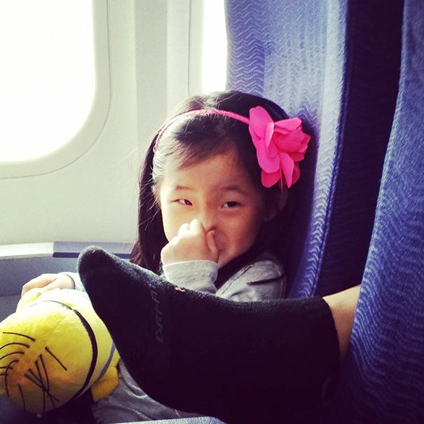 pasajeros-avion-maleducados (19)