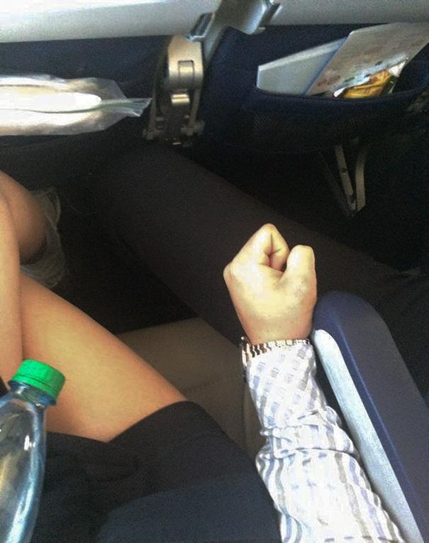 pasajeros-avion-maleducados (2)