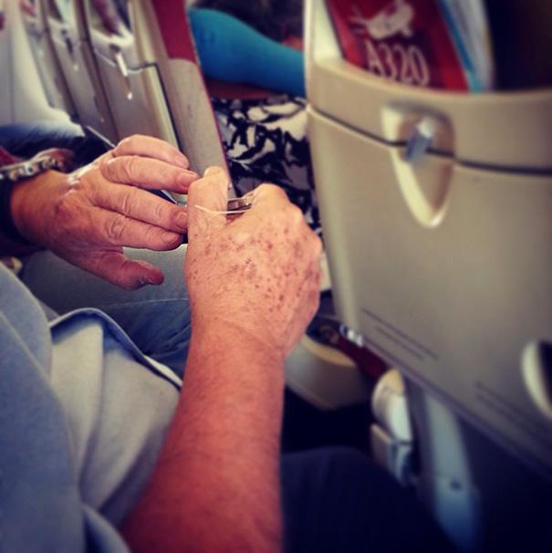 pasajeros-avion-maleducados (7)