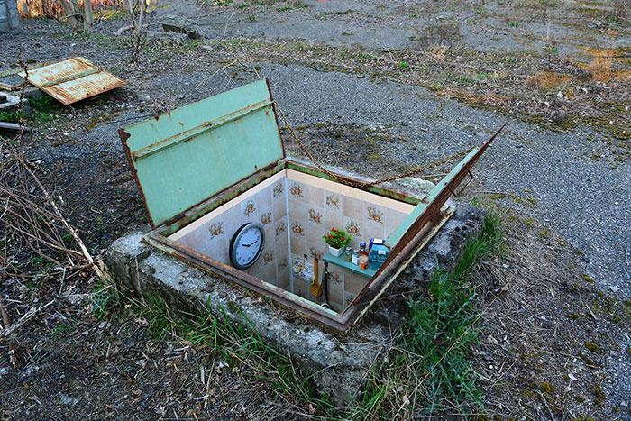 Habitaciones secretas instaladas dentro de pozos abandonados en Milán
