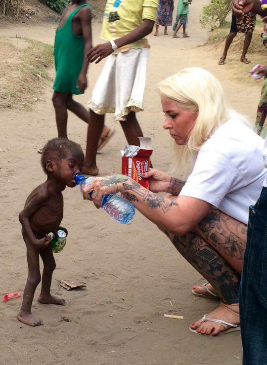 nino-nigeriano-abandonado-brujo-rescatado-hope-2 (6)