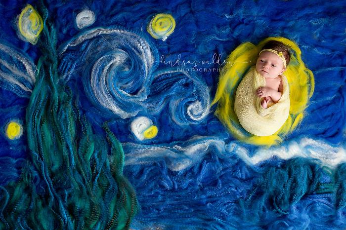 Recreo cuadros famosos junto a bebés recién nacidos