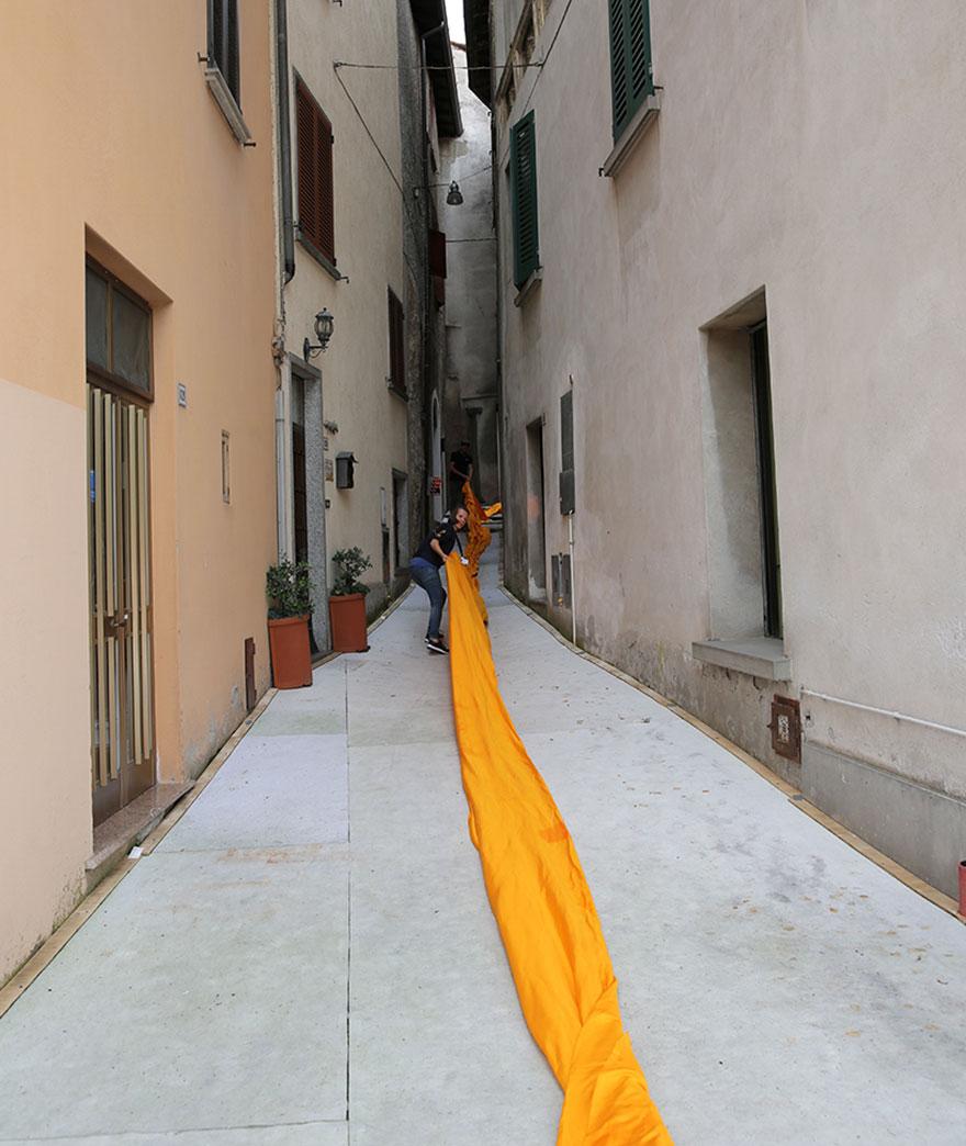 instalacion-artistica-embarcaderos-flotantes-christo-jeanne-claude-italia (4)
