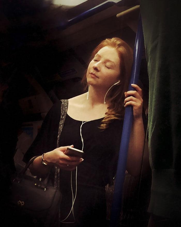 retratos-secretos-pasajeros-metro-siglo-xvi-matt-crabtree (6)