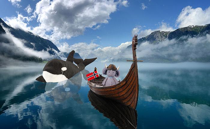 juguete-perdido-viajes-mundo-photoshop (12)