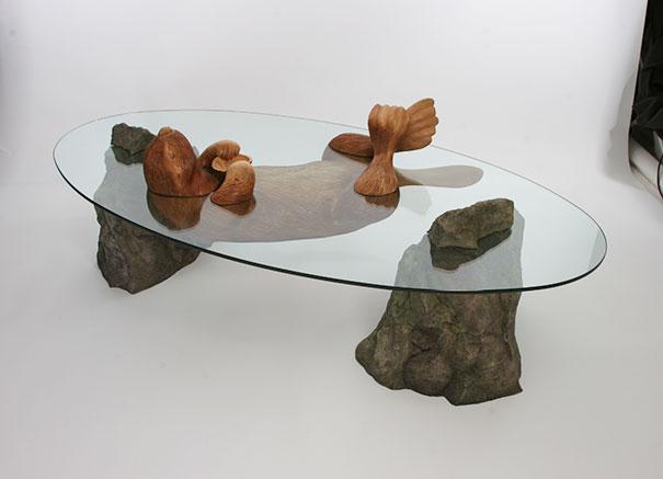 diseno-mesas-animales-saliendo-agua-derek-pearce (4)