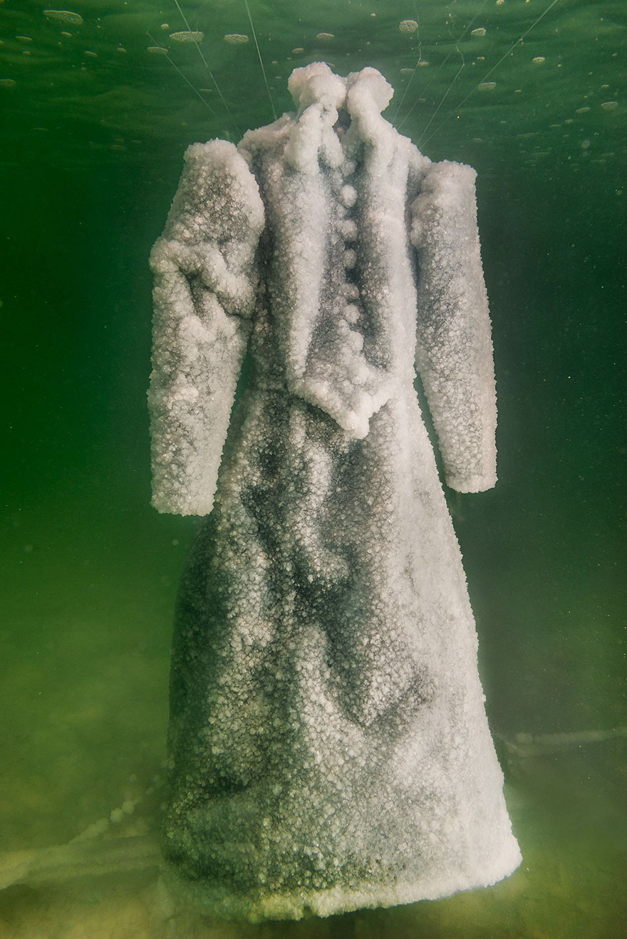 vestido-sal-mar-muerto-sigalit-landau (3)