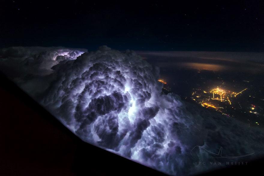 fotos-cielos-tormentas-piloto-christiaan-van-heijst (1)