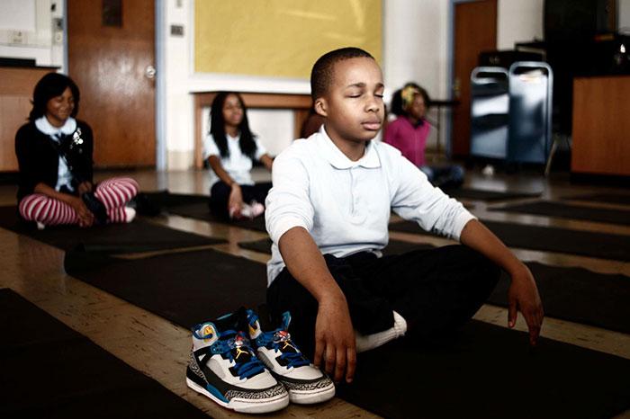 meditacion-ninos-escuela-robert-coleman-baltimore (6)