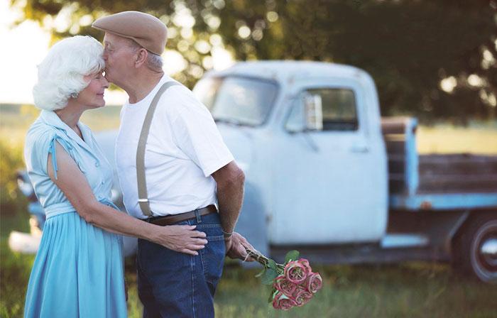 """Esta pareja celebró su 57º aniversario de matrimonio con una sesión de fotos de """"Diario de una pasión"""""""