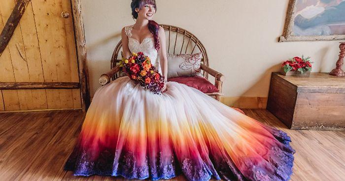 la tendencia de teñir vestidos de boda hará más colorido tu gran día