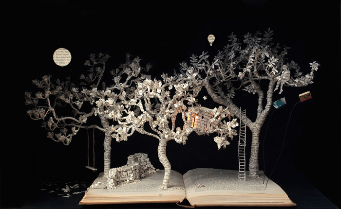 esculturas-iluminadas-libros-viejos-moradas-su-blackwell (9)