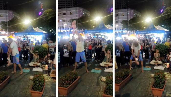 Begpackers Rusos En Bukit Bintang Que Podrían Haber Hecho Daño Al Bebé