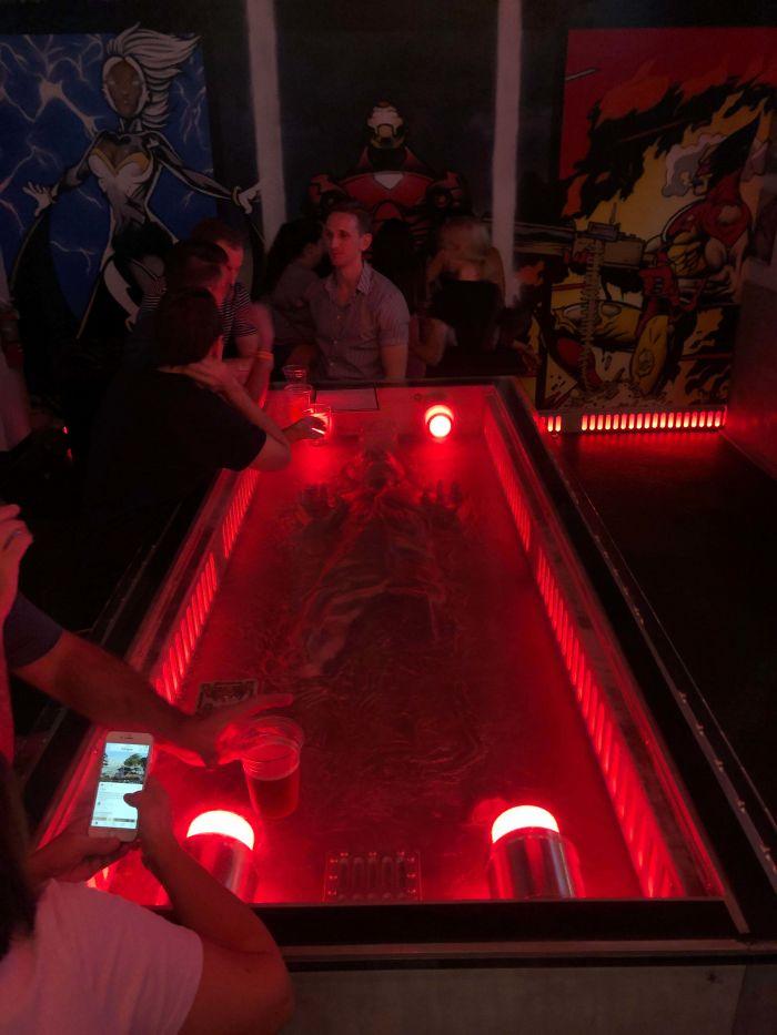 Mesa De Bar Con Han Solo En Carbonita